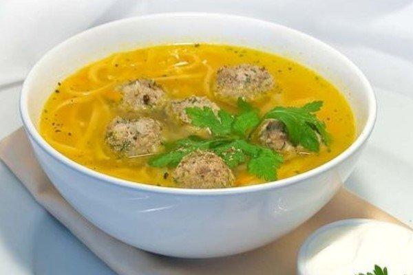 картинки суп лапша с фрикадельками поставленный