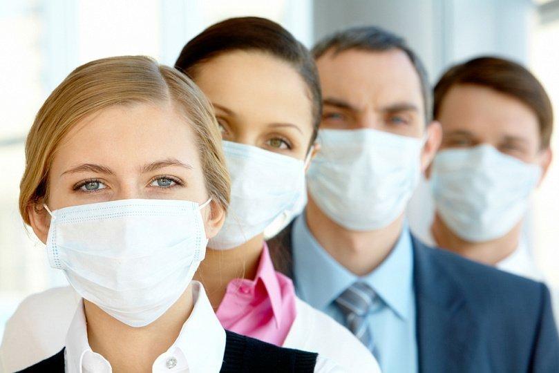 Медицинская маска для лица как правильно носить