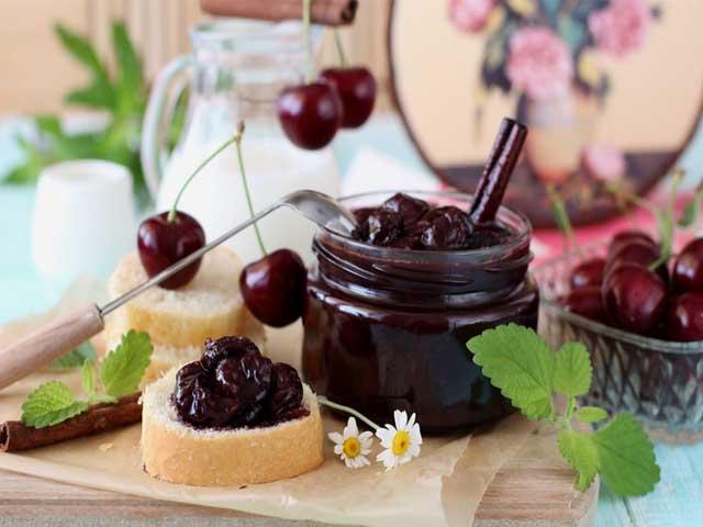 Варенье из черешни с черным шоколадом