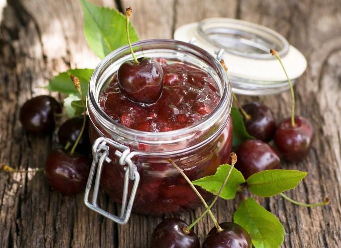 Варенье из черешни и вишни с мятой